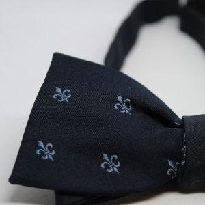 noeud papillon vintage bleu marine fleur de lys detail frip in shop