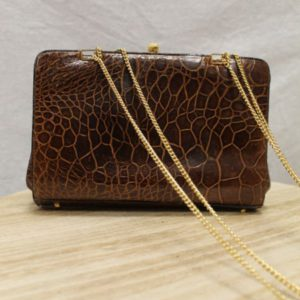 sac vintage croco marron chaine doree frip in shop