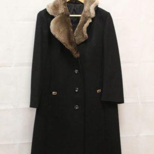 manteau en laine noire col fourrure frip in shop